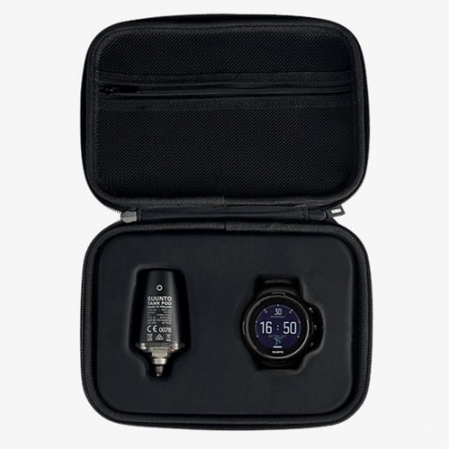 suunto-d5-all-black-and-suunto-tank-pod-with-a-hard-case-01.png.jpg